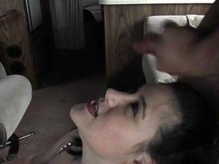 sexy mollig Küken bekommt ein Gesicht