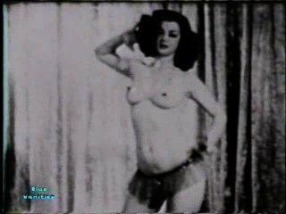 Softcore nudes 114 40er und 50er Jahre - Szene 1