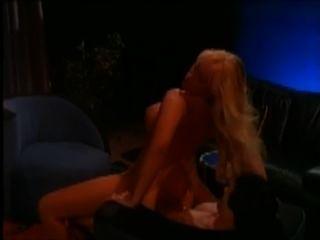 hot blonde gefickt