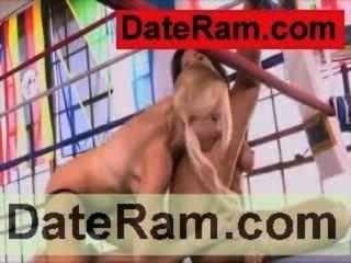 erotische Küken erotische shake Mädchen Lesben jugendlich Mädchen Video küssen