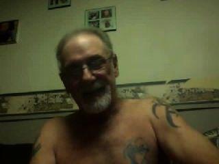 ältere männliche masturbiert auf cam