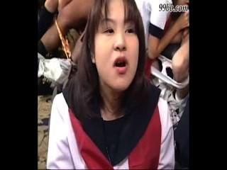 mehrere asiatische Blowjobs, Sperma im Mund, unzensierte
