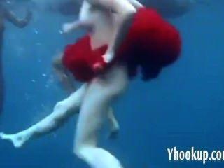 3 Mädchen im Meer schön Strippen - yhookup_c