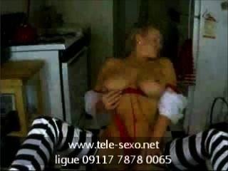 busty Babe posiert auf Webcam tele-sexo.net 09117 7878 0065