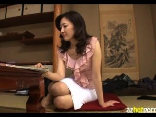 unzüchtig Asiatinnen Milf haarige Muschi ficken