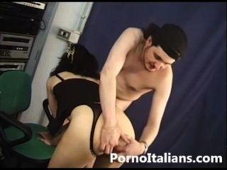 Pornostar italiana natasha Kuss anale - Pornostar italienische anal