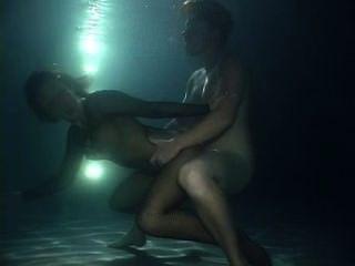Unterwasser-Sex - träumend