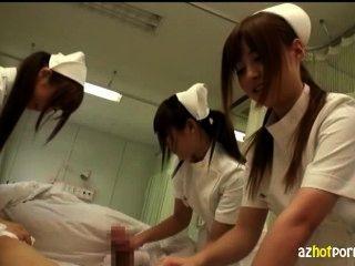 unzüchtig asiatische Krankenschwestern werden sich um Sie kümmern