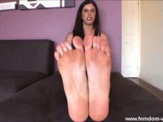 Füße drehen Sie auf