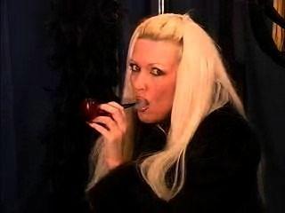 Pfeife rauchen sexy Celesta, ein seltenes Vergnügen!