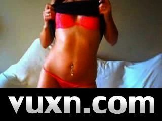 Live Sex-Bombe Brunette auf vuxn