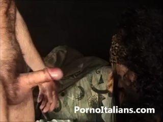 Milf italiana figa pelosa scopata da stallone italiano - Milf italienisch