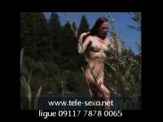 natürliche Rotschopf durch Fluss Voyeur aussteigen tele-sexo.net 09117 7878 00