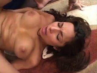 [420] sexy Tiffany Talyor in ihre kahlen Pussy und Gesichts gefickt