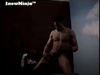 big dick ungeschnitten latino tease & cum