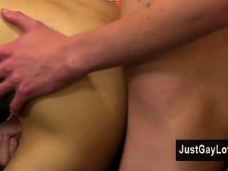 Homosexuell Porno elija weiß und max morgan sind groß, schlank, langbeinig Jungs