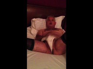 Bloke Masturbieren Freundinnen Strumpfhosen und Höschen tragen