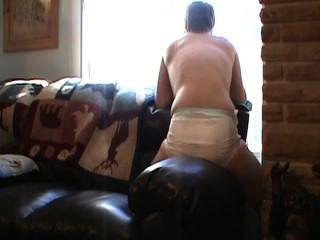 Benetzung meine Windel und eine Couch Humping