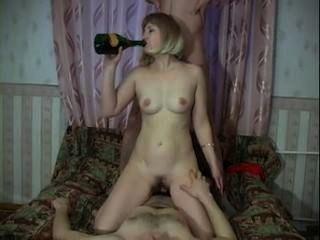 reife Blondine Schrauben 2boys