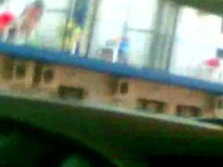 Ǝᗡuᗡ gefangen auf einem Balkon Wichsen.