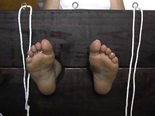 verschwitzten Socken und Sohle kitzeln