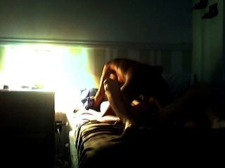 missy fickt und schluckt für weißen Kerl auf hidden cam