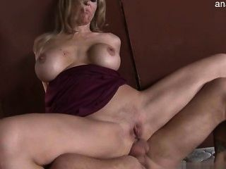 big ass Hausfrau Knallerei