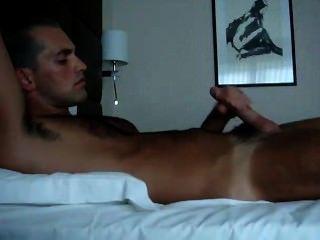 hot dude hat erstaunliche Orgasmus