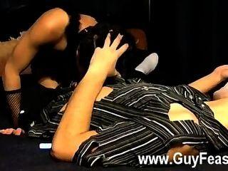 dieser Streifen sexy Homosexuell ist mit den Outfits ein bisschen komisch, aber es war ein Kostüm