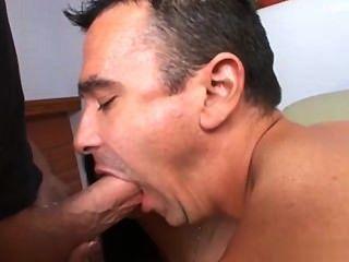 18 Jahre alt Mädchen anal sex