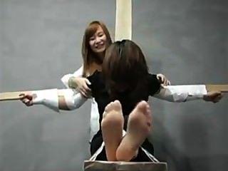 kitzeln Mädchen 5