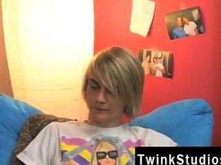 erstaunlich Homosexuell Szene Aidan und preston baumeln, nachdem sie in dem Schlafzimmer