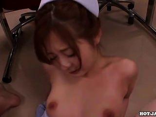 Japanische Mädchen bezaubern sexy Mutter in Bad room.avi