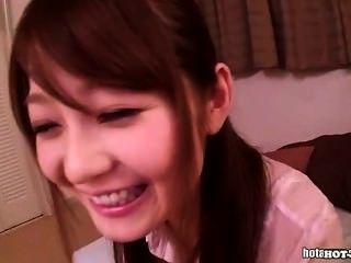 Japanische Mädchen masturbiert mit netten Lehrer an home.avi