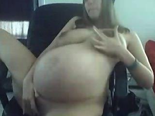 junge schwangere große Titten auf cam necken