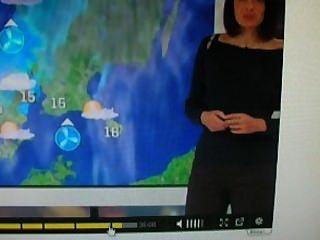 Wetter Mädchen i mastrubate ihrer engen Hosen zu lieben