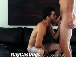 gaycastings niedliche, pelzige Schauspieler bereit Porno für Geld zu tun
