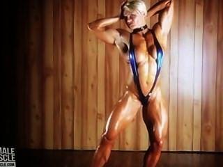 riesige Bodybuilderin Brigita Brezovac