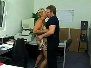 klobig Deutsch Puma im Büro (sid69)-Arsch gefickt