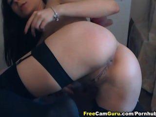 sexy Babe masturbiert zu squirtgasm