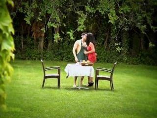 Sex mit Google Glas im Garten