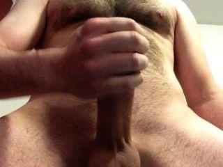 verehren meinen Schwanz und behaart natürlichen Körper, während ich cum auf Ihrem Gesicht tropfen