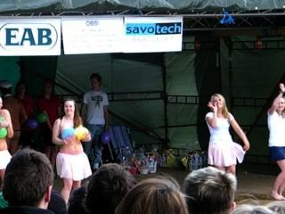 Ballon dance 6