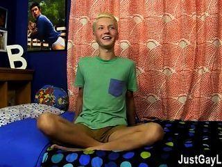 Homosexuell Film, den er nur 19 sein könnte, aber dieses umwerfende südlichen Stollen hat eine