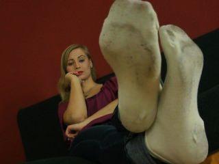 ball_white schmutzige Socken necken