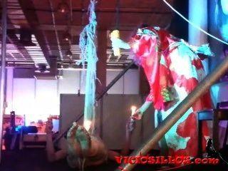 ama monika zeigt in sev 2013 von viciosillos.com
