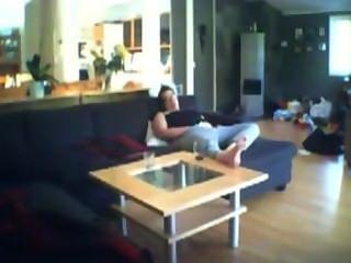 Voyeuring auf dem Sofa Milf jenny Finger