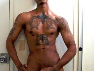 tatted Thug Jacking