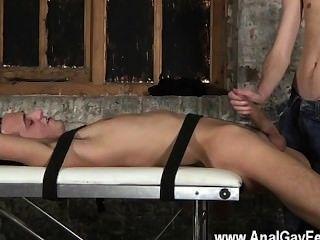 Homosexuell Video zwei immens gehangen Leute in einem