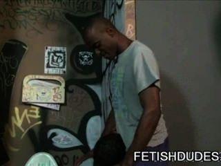jd daniels - schwarz auf schwarzem Fetisch Toilette Demütigung